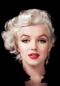 Oh Marilyn, your beautiful face will live on, I pray your soul will last an eternity