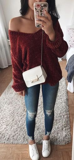 40 Cute Outfit Ideas For The Winter - #winteroutfits #winterstyle #winterfashion #outfits #outfitoftheday #outfitideas