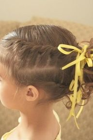 I do this a lot in my hair. I always do at least 4 of them and just pull it back. Super easy and it looks like you spent hours on your hair! Little Girl Hairdos, Girls Hairdos, Braided Ponytail Hairstyles, Pretty Hairstyles, Short Hairstyles, Ponytail Ideas, Braids Ideas, Teenage Hairstyles, Messy Ponytail