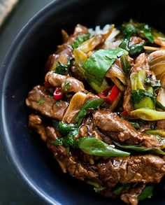 Low FODMAP Recipe and Gluten Free Recipe  - Beef stir-fry with ginger   http://www.ibssano.com/low_fodmap_recipe_beef_stri_fry_ginger.html