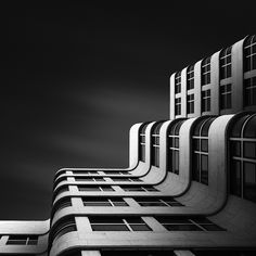 Stunning Photos of Modern Architecture by Joel Tjintjelaar - My Modern Metropolis