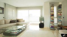 Salón de diseño realizado por el estudio de Arquitectura GrupoIAS en una vivienda situada en la Moraleja.
