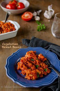 Vegetarian Baked Beans recipe | via deliciouseveryday.com