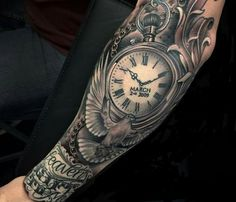 Clock Tattoo Ideas For Men Clock Tattoos for Men - Ideas and Designs for Guys Pocket Watch Tattoo Design, Pocket Watch Tattoos, Clock Tattoo Design, Dove Tattoo Design, Forearm Tattoos, Body Art Tattoos, Portrait Tattoos, Mini Tattoos, Trendy Tattoos