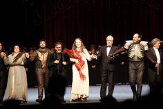 Applausi per Macbeth al teatro Massimo, tutti sul palco per i saluti