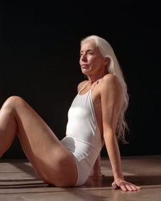 Usually you see younger women modeling off swimsuits in ads. But 60 year old model Yasmina Rossi decided to take a different approach and show a more elegant side to modeling with a photo shoot Swimsuits For Older Women, Women Swimsuits, Sexy Older Women, Old Women, Sexy Women, Yasmina Rossi, 60 Year Old Woman, Silver Haired Beauties, Swimwear Model