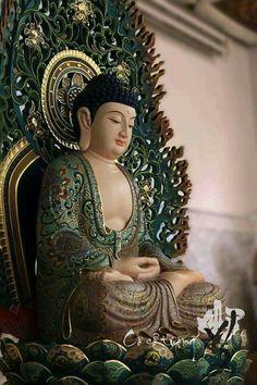 Buddha Temple, Buddha Zen, Gautama Buddha, Buddha Meditation, Buddha Figures, Mahayana Buddhism, Buddha Sculpture, Buddha Painting, Buddhist Art