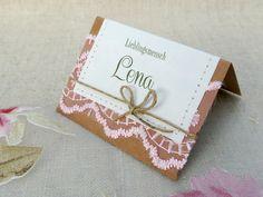 Namensschild Tischkarte Hochzeit Lovely Wedding von Papierwiese auf DaWanda.com