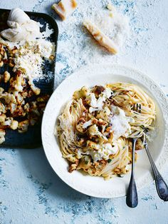 spaghetti with cauliflower, burrata and thyme