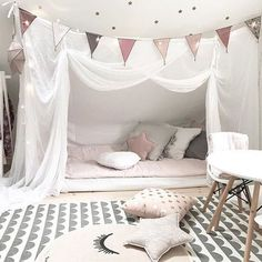 What a cozy sleeping area at home at I love it Baby Bedroom, Baby Room Decor, Girls Bedroom, Bedroom Decor, Dreams Beds, Kids Room Design, Big Girl Rooms, Dream Rooms, New Room