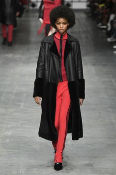 The complete Trussardi Fall 2018 Ready-to-Wear fashion show now on Vogue Runway.