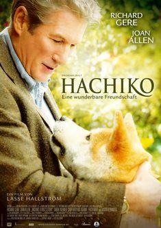 Este filme se basa en una historia real de lealtad perruna. Hachiko es un perro que cada día acompaña a su amor, el profesor Parker Wilson (Richard Gere), a la estación de tren y en la tarde regresa para recogerlo. Hasta que un día las cosas cambian y su amo no regresará más a casa. Fiel a su costumbre, el can acude durante más de 10 años a la estación de tren, esperando a que Wilson regrese. A pesar del esfuerzo de la familia del hombre de reintegrarlo a la familia, jamás logran peliculas