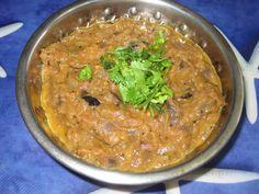 Mixed Vegetable Pakora - How to make mix vegetable pakoda — Spiceindiaonline Naan Recipe Without Yeast, Easy Naan Recipe, Recipes With Naan Bread, Brinjal Recipes Indian, Easy Indian Recipes, Ethnic Recipes, Pakora Recipes, Paratha Recipes, Indian Desserts