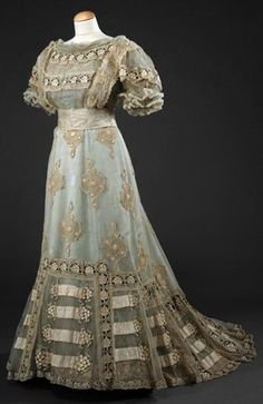 Dress: 1900, silk (tulle, taffeta, satin, ribbons), embossed fabric, muslin, embroidery.