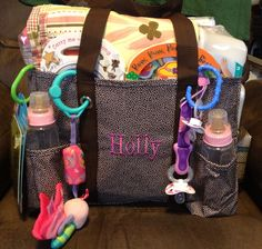 Organizing utility tote as a diaper bag - Thirty-One Cute Baby Shower Gifts, Baby Shower Gift Basket, Baby Gifts, Thirty One Organization, Organizing Utility Tote, Thirty One Baby, Thirty One Gifts, Thirty One Business, Shower Outfits