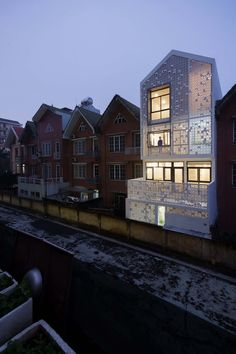Cocoon House / Landmak Architecture | ArchDaily