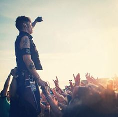 andy *---*