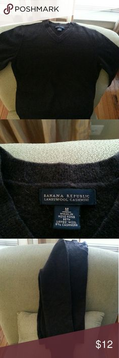 Banana republic lambswool sweater Boys BR sweater.  Medium and fiitted so it fits like a small. Color chocolate Banana Republic Shirts & Tops Sweaters