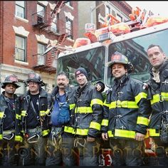 FEATURED POST @firstonscenephotos - Members of FDNY Ladder Company 27 taking up after being first due at this mornings four alarm blaze in the Claremont section of the Bronx. Photo taken with @nikonusa #firstonscenephotos @thefirenews . . ___Want to be featured? _____ Use #chiefmiller in your post . http://ift.tt/2aftxS9 . CHECK OUT! Facebook- chiefmiller1 Periscope -chief_miller Tumblr- chief-miller Twitter - chief_miller YouTube- chief miller . . . #firetruck #firedepartment #fireman…