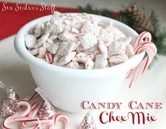 Candy Cane Muddy Muddies on SixSistersStuff.com - one of the most addicting snacks out there!