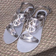 STUART WEITZMAN Gelfisher Sandals NO TRADES                              Brand new item, never worn. It comes with proper wrapping and box. Feel free to ask any questions, and thank you for stopping by  Stuart Weitzman Shoes Sandals
