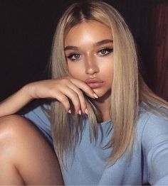 Perfect blonde teen ass