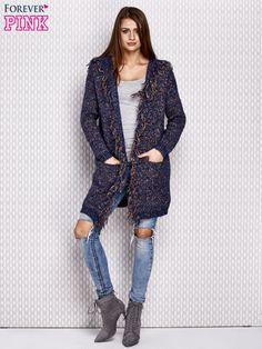 Niebieski włóczkowy sweter z kolorową nicią - Swetry swetry długie sklep eButik.pl
