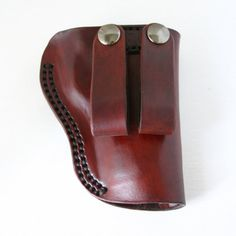 Gun Holster. 1911 Leather gun holster with site by FatCatLeather