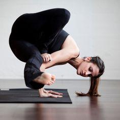 My Yoga, Yoga Flow, Yoga Meditation, Yoga Inspiration, Photoshoot Inspiration, Physical Fitness, Yoga Fitness, Fitness Workouts, Online Yoga Classes