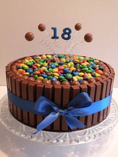 "Birthday Kit Kat Cake"" I would have loved this for my birthday! Wonder what happens when you undo the ribbon. Cupcakes, Cupcake Cakes, Birthday Cake 30, 17th Birthday, Bolos Naked Cake, 18th Cake, Cake Kit, Candy Cakes, Occasion Cakes"