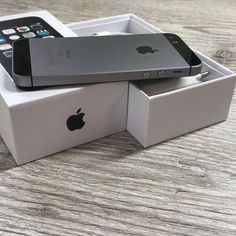 Iphone 5se, Coque Iphone, Apple Iphone, Apple Watch Clock Faces, Telephone Smartphone, Apple Shop, Apple Brand, Apple Products, Shopping