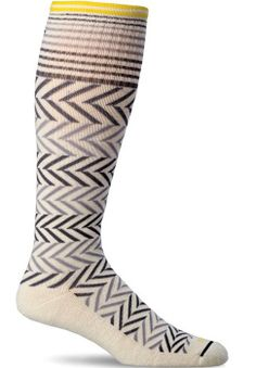 Oh so cute compression socks from Sockwell. These are made with Cashmerino, which is very soft and stretchy.