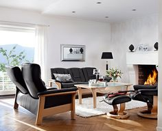 Stressless | Buckingham Sofa #shopthetinroof http://www.thehanleycollection.com/Stressless%20by%20Ekornes.inc