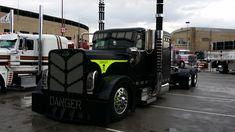 PHOTOS: Show trucks on display at Mid-America | Overdrive - Owner Operators Trucking Magazine
