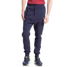 T7 Trainingshose    Diese Jogging-Hose mit Bündchen fügt sich in die T7-Reihe ein - PUMAs berühmtestes Lifestyle-Design....