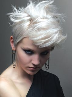 Love this style - i would try to rock it if i had short hair