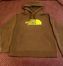 Love me some THE NORTH FACE! http://www.ebay.com/sch/keslie10/m.html?_nkw=&_armrs=1&_ipg=&_from=