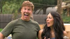Chip and Joanna Gaines are America's cutest couple and these hilarious Fixer Upper Outtakes prove it. Chip Gaines says and does the funniest things! Magnolia Fixer Upper, Magnolia Joanna Gaines, Chip And Joanna Gaines, Fixer Upper Tv Show, Saga, Joanne Gaines, Chip Gaines, Better Half, Role Models