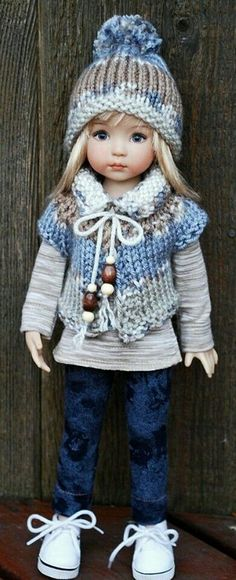 Ideas Crochet Doll Clothes Waldorf American Girls For 2019 Crochet Doll Clothes, Knitted Dolls, Girl Doll Clothes, Doll Clothes Patterns, Crochet Dolls, Clothing Patterns, Girl Dolls, Baby Dolls, American Girl Outfits