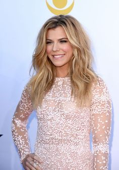 Kimberly Perry's long blond waves at the ACM Awards