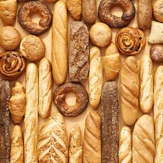 Bread Beast You truly understand bread, inside and out. You're basically Paul Hollywood. You can name just about any bread just by looking at it. Paul Hollywood, Cinnamon Banana Bread, How To Store Bread, Toast, Types Of Bread, Fish And Meat, Whole Grain Bread, Fresh Bread, Gluten Free Cakes