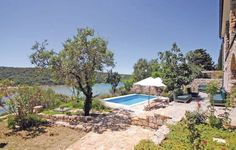 Holiday home Kampor I Kampor Holiday home Kampor I is a holiday home with a terrace, set in Supetarska Draga in the Rab Island Region. The air-conditioned unit is 21 km from Ba?ka. Free private parking is available on site.  There is a seating area and a kitchen.