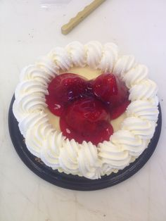 New York cheesecake with strawberries and chantilly