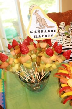 Kangaro kabobs and other fabulous food ideas for a zoo themed birthday party!