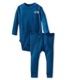 OMG looove this! The North Face Kids Boy's Bayslayer Snapsuit Set (Infant)