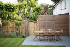 Kate Eyre Garden Design - Privacy panels