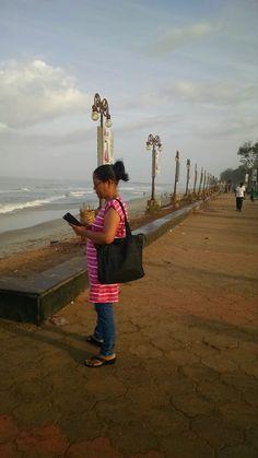 Long drive to Delhi -16 : Coastline Calicut