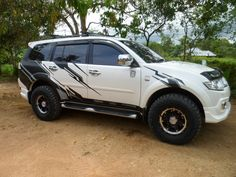 Mitsubishi Pajero Sport  #TribalGraphics #CuttingSticker #3DCuttingSticker #Decals #Vinyls  #Stripping #StickerMobil #StickerMotor #StickerTruck #Wraps  #AcrilycSign #NeonBoxAcrilyc #ModifikasiMobil #ModifikasiMotor #StickerModifikasi  #Transad #Aimas #KabSorong #PapuaBarat