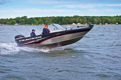 Tracker Fish and Ski PGV175 Combo is the perfect boat for the entire family.  Fish in the morning, play in the afternoon!
