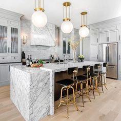 Modern Home Decor Kitchen Cocina Art Deco, Art Deco Kitchen, Home Decor Kitchen, New Kitchen, Kitchen Ideas, Kitchen Layout, Design Your Kitchen, Best Kitchen Designs, Interior Design Kitchen